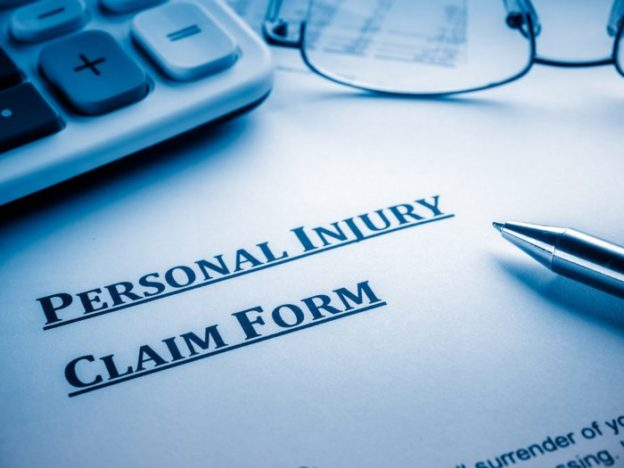 How a Houston Car Accident Attorney Can Help You with an Injury Claim